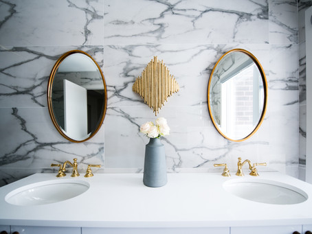 How to Keep the Bathroom Smelling Nice