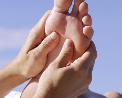 Le massage réflexe de la voûte plantaire
