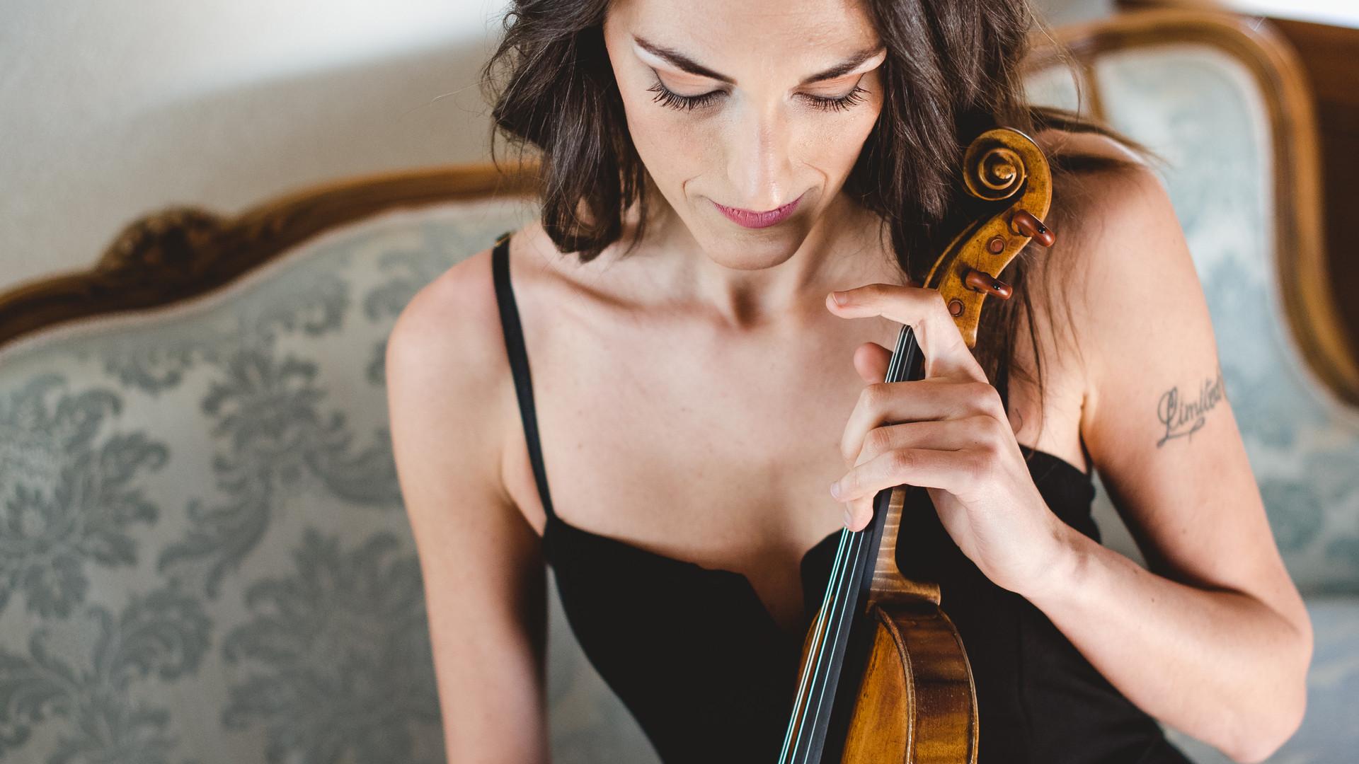 01_Irene Abrigo - Photo Credits Sophie R