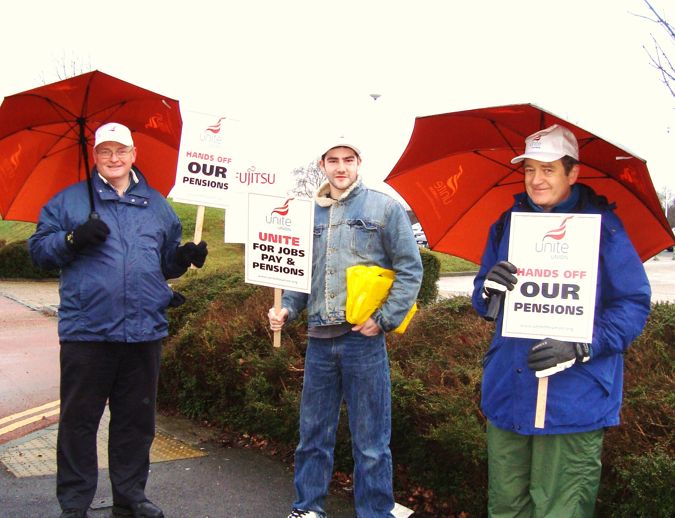 29.1.'10. Fujitsu Pay & Pensions Picket.JPG