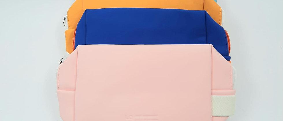 תיק איפור צבעוני