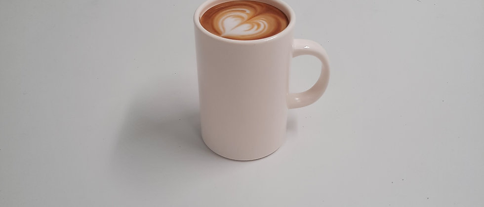 מחזיק קיסמים בצורת כוס קפה