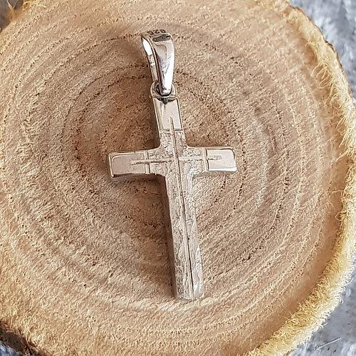 Kreuz teilmattiert ohne Stein.