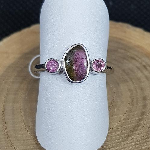 Feiner Silberring mit grün/rosa Turmalinscheibe, von Starborncreations