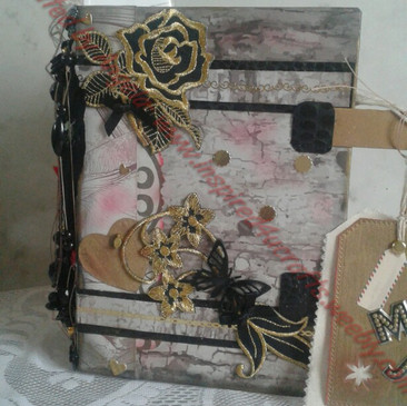 Art Junk Journal