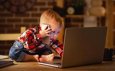 Kind_Internet_Jugendschutz.jpg