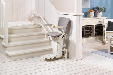 otolift-monte-escalier-two-exterieur-570