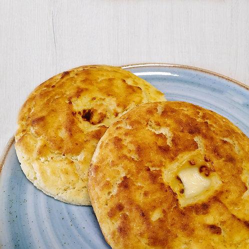 Arepa de maíz y queso