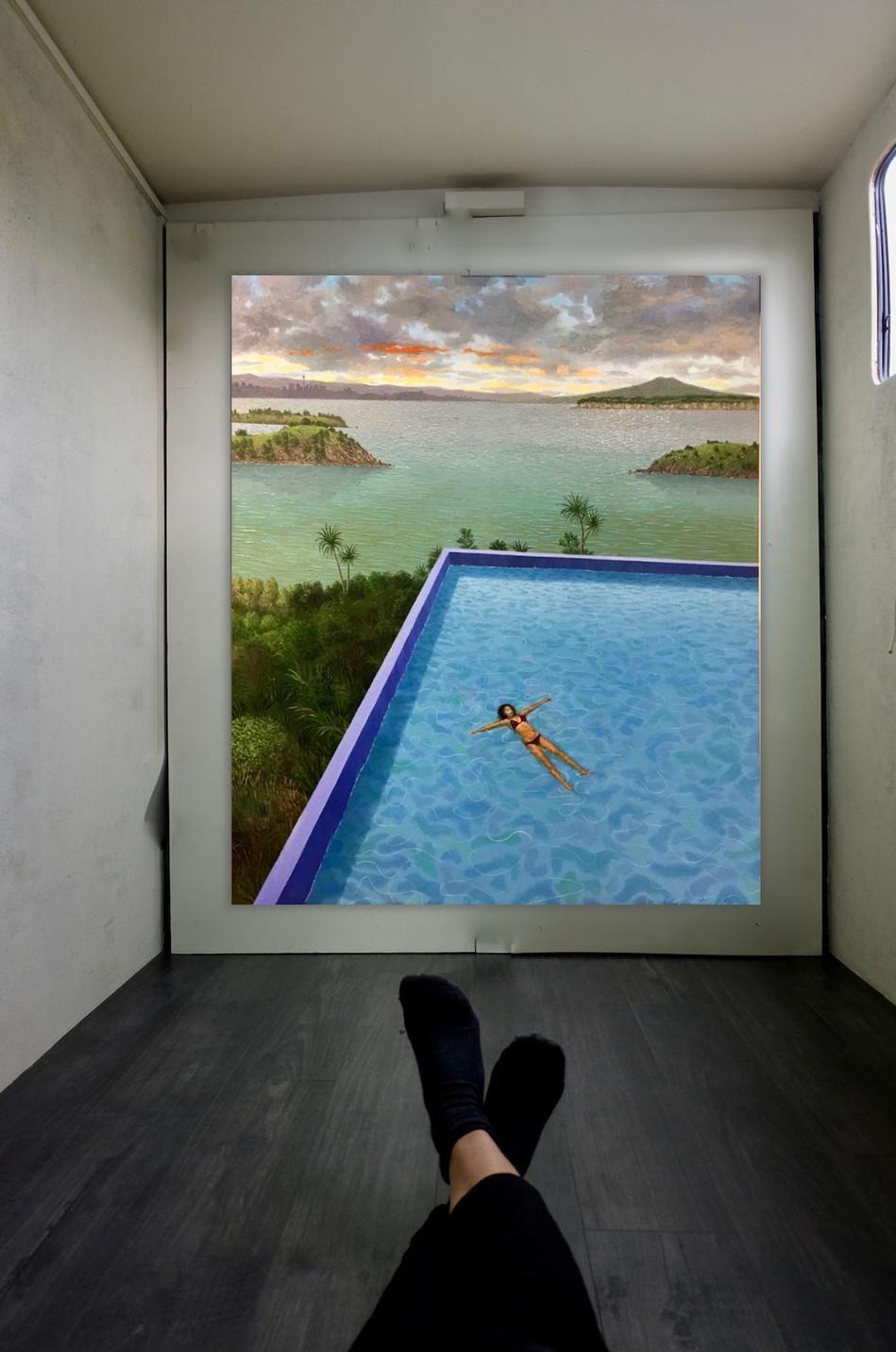 Justin Summerton - Pool Matiatia (Waiheke) (2018) - Acryl on canvas (91 x 76cm) - Courtesy of Warwick Henderson Gallery.