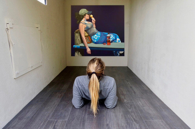 Lindsey Baker - Ice Cream girl (2020) - Oil on canvas (120x120cm) - Courtesy of the artist.