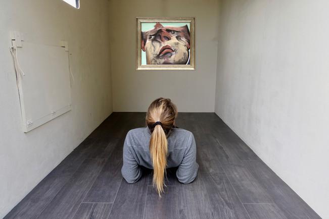 Richard McWhannell - Desert Head (2017) - Oil on Canvas (43 x 48 cm). Courtesy of PG Gallery 192 & the Artist