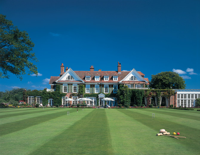 May Featured Venue: Chewton Glen Hotel & Spa