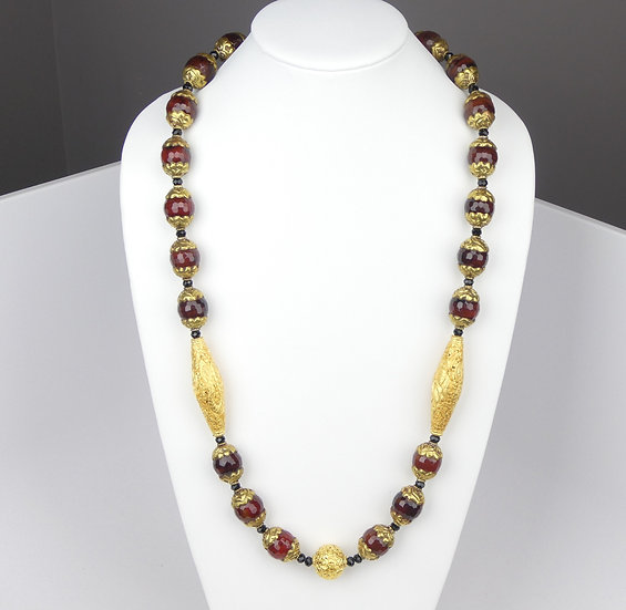 AB354 Amber, Gold and Onyx Necklace