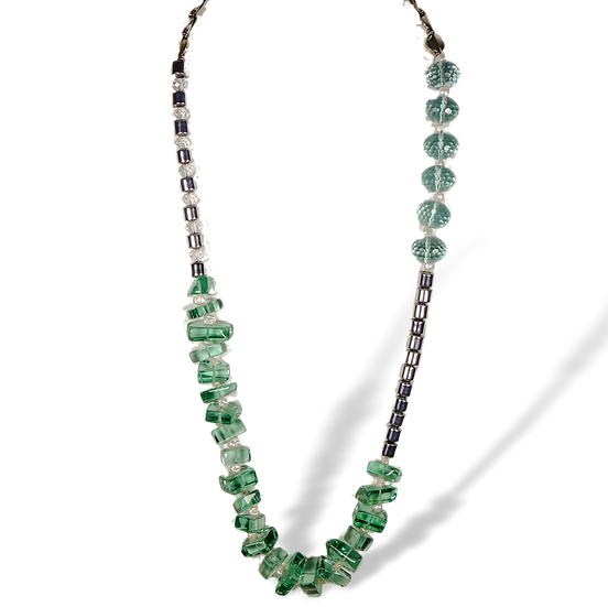 CD307 Beaded Glass and Silver Necklace