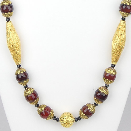 Capped Amber, Gold and Onyx Necklace