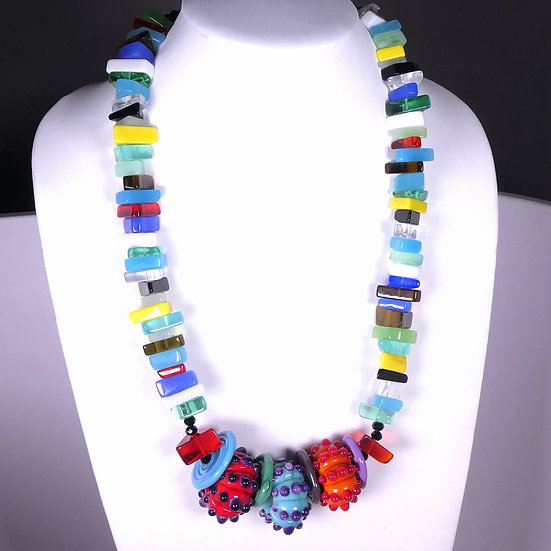 CD292 Glass Fantasy Necklace