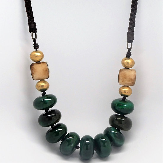 AF347 Dyed green agate, brass, bone and leather necklace