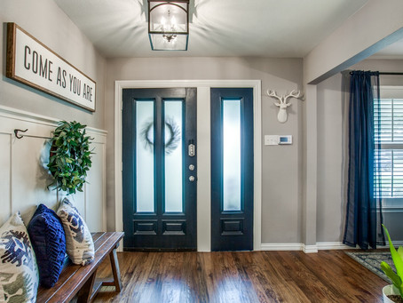 Before and After: Entryway