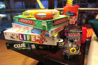Hasbro se acerca a su rival Mattel y hace oferta de compra