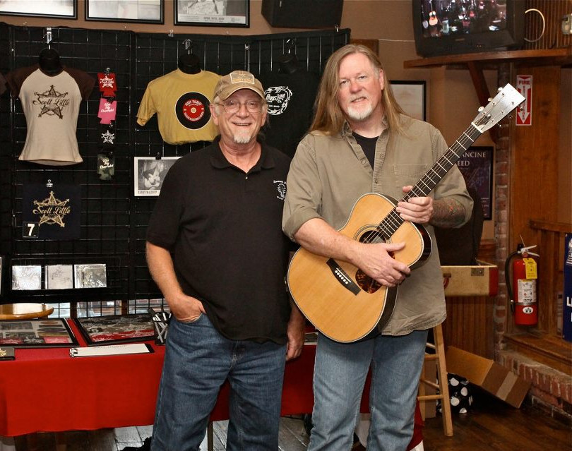 Dale with Barry Waldrep and his OHB