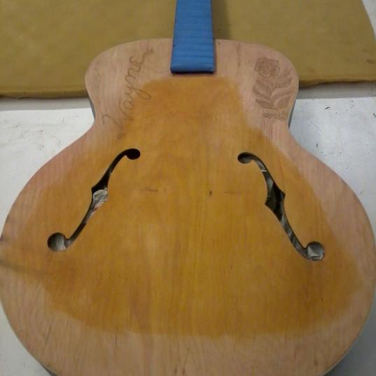 Gibson refinish (face, pre)