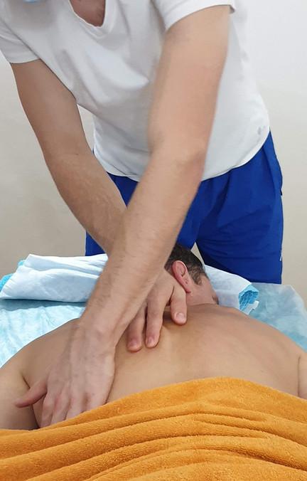 Masáže zády