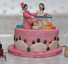 happy-birthday-cake-nails_717577.jpg
