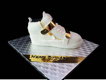 Male Cakes For Him Guys Cakes Cakes For Men