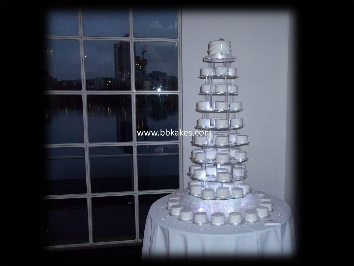White Winter Wedding Miniature cakes bbkakes 4.jpg