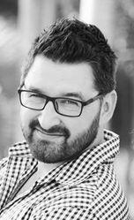 Simon Sikorski | CEO of Digital Herder