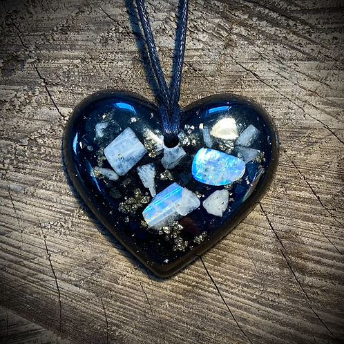 Moonstone Heart (Emotional Balance)