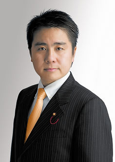 神尾バッヂ付ホワイト.jpg