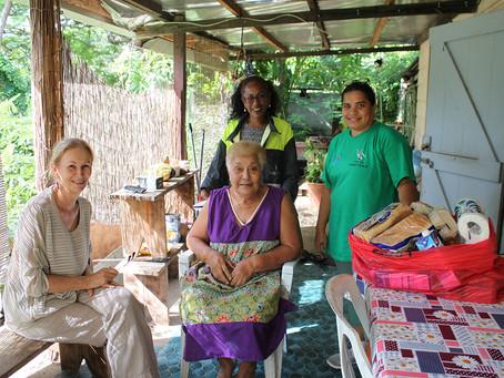 30 familles reçoivent des paniers alimentaires
