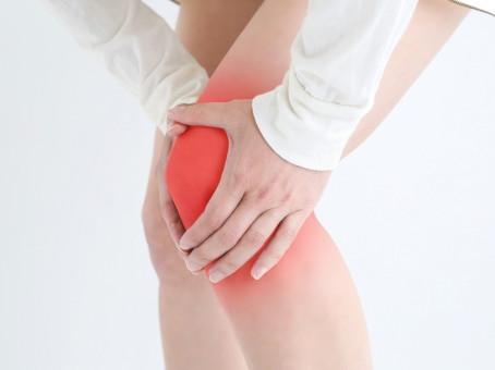 膝の痛みの原因は?