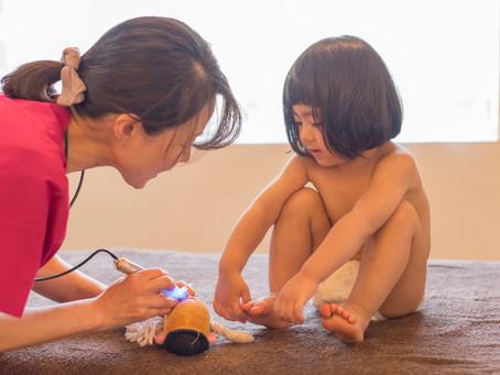 アトピー性皮膚炎の小児はり