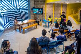 Luz, Câmera e Baleia-jubarte: Oficina de WebTv e Games no Molaa
