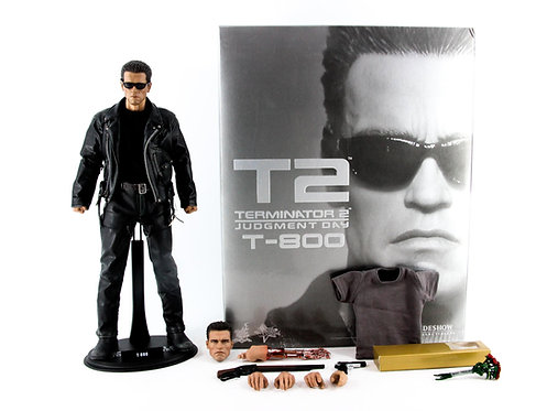 Hot Toys MMS117 Terminator 2 T-800 (Replaced Body and Head Sculpt) - Good - PCIB
