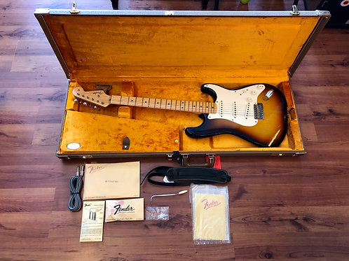 Fender American Vintage '59 Stratocaster Electric Guitar, Maple FB USA (M) -SOLD