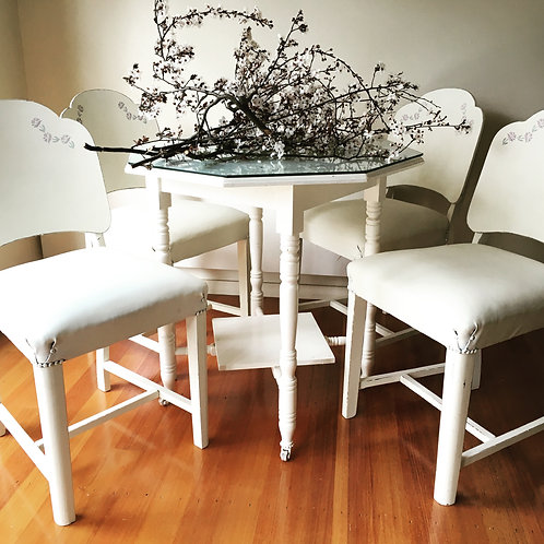##SOLD##  Set of four Shabby Chic Chairs