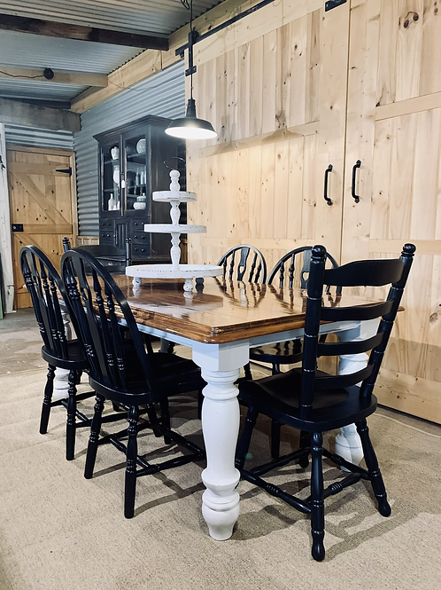 Country Cottage dining table and chairs.