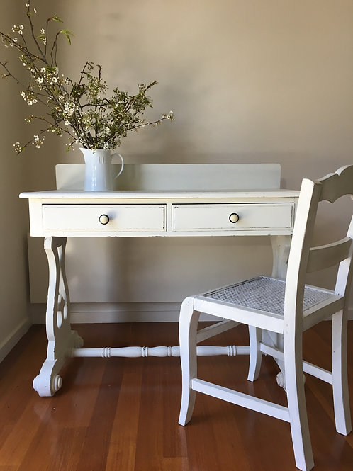 ##SOLD### White Desk / Hall Table