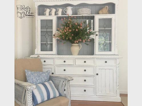 ###SOLD### White Sideboard