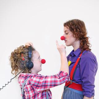 CliniClowns - Meeluisteroperatie
