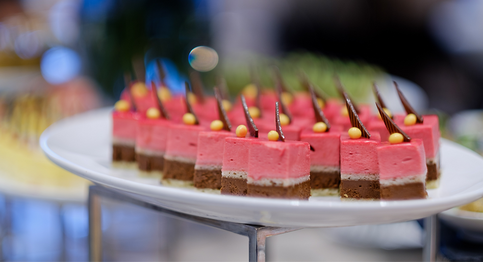 catering-food-dessert-and-sweet-mini-can