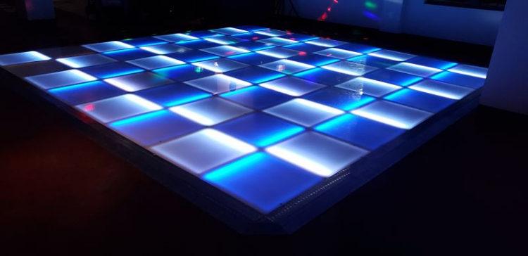 led-glow-dancefloor_103634069_big.jpg