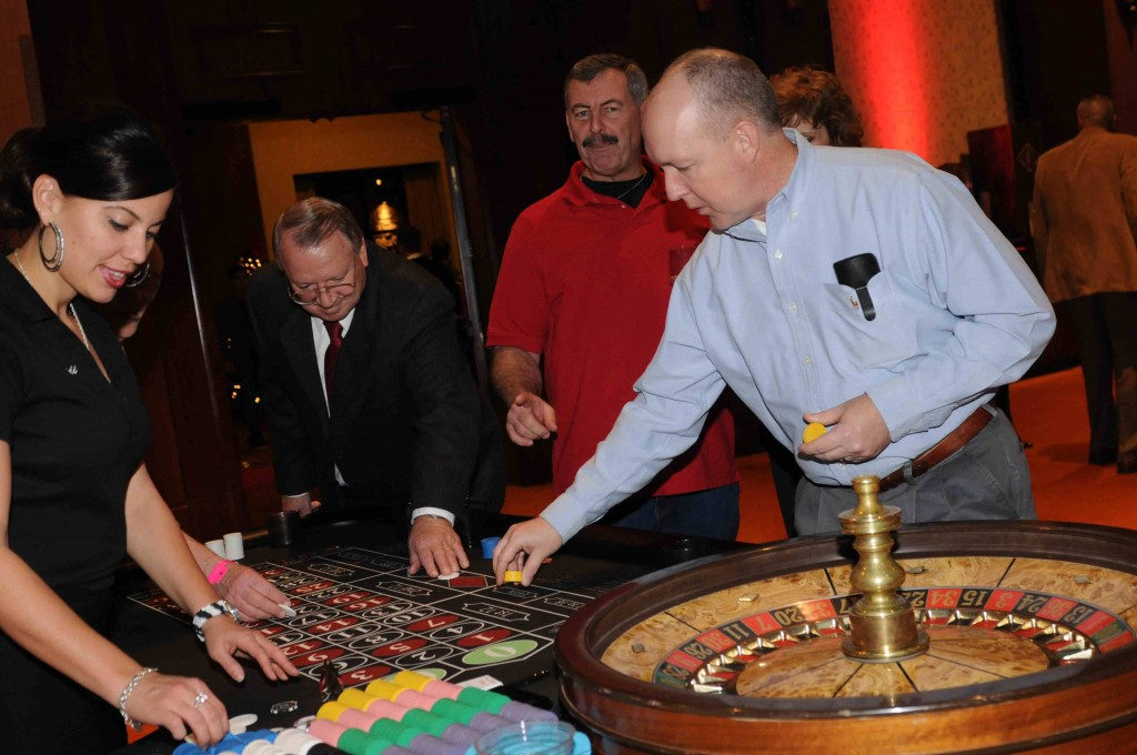 Roulette-table-Playing.jpg