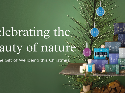 'Tis The Season To Spread Joy To Your Loved Ones & Gives Back to Mature Nature