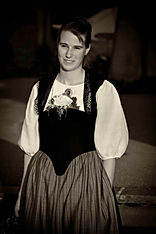 Berner Maitschi Berner Tracht Jodlerchörli Köniz fotografiert für einen Flyer