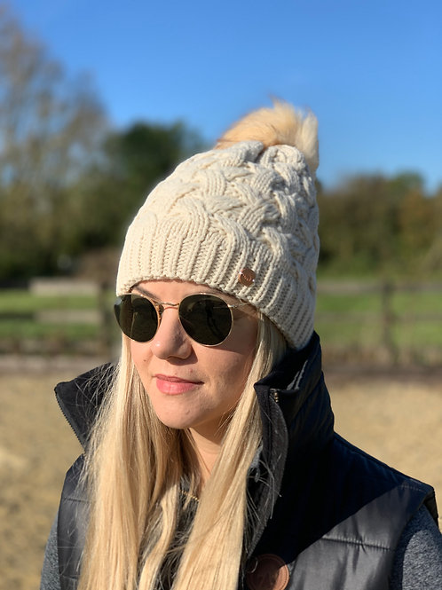 Cable Knit Bobble Hat | Oatmeal