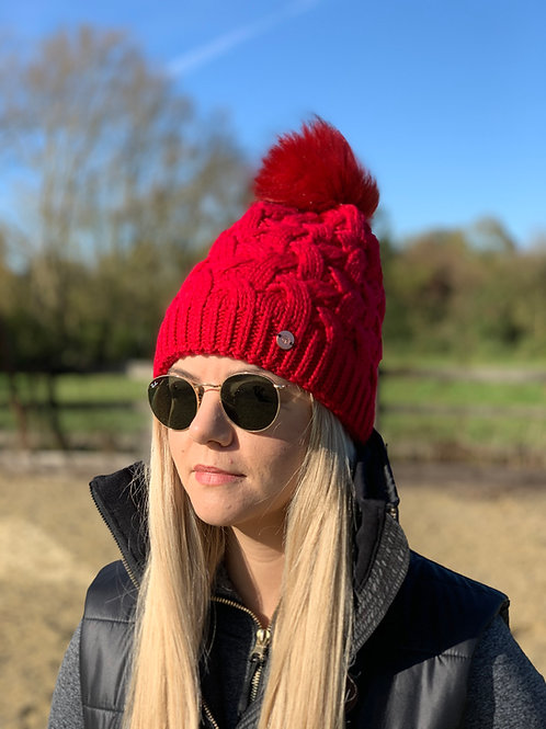 Cable Knit Bobble Hat   Red